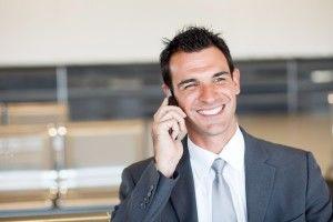 Tri tipy ako profesionálne telefonovať azapôsobiť nazákazníka